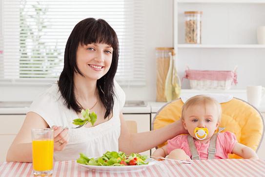 Dưỡng chất cần bổ sung để có sữa mẹ tốt nhất cho bé? 1