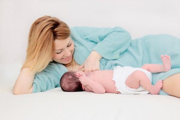 Phụ nữ sau sinh nên kiêng ăn gì? 1