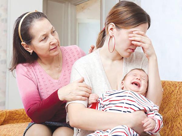 Dấu hiệu bị hậu sản sau sinh - Bệnh khiến nhiều chị em lo lắng 1