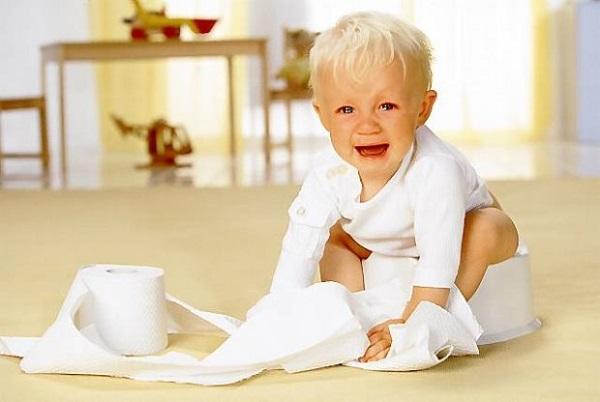 Cẩn trọng với chứng trẻ sơ sinh bị tiêu chảy