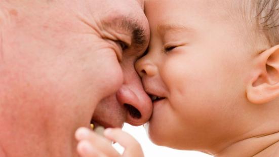 Đàn ông sinh con ở tuổi nào đẹp nhất? 1