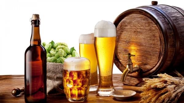 Sử dụng các chất kích thích rượu bia, thuốc lá. 1