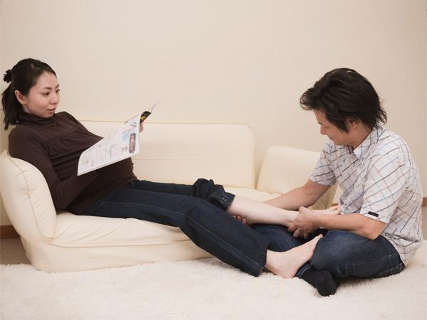 Các quý ông có thể giúp gì khi vợ ốm nghén 1