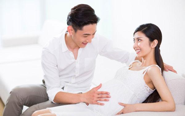 Mách các ông chồng chăm sóc vợ mang thai lần đầu 1
