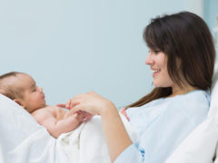 Dinh dưỡng sau sinh: Làm sao để mẹ sớm khỏe con có nhiều sữa?